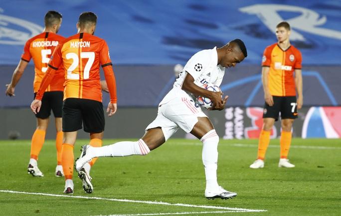 Sân nhà thành đất dữ, Real Madrid trắng tay trước Shakhtar Donetsk - Ảnh 6.
