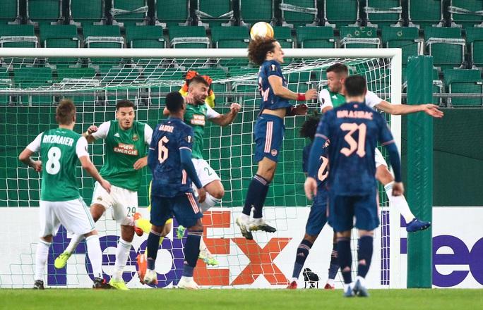 Arsenal suýt lãnh thảm họa thủ môn, ngược dòng hạ Rapid Vienna - Ảnh 6.
