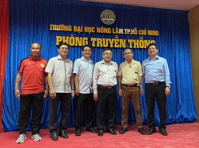 Bầu Đức hứa để Công Phượng, Tuấn Anh đá giao hữu với sinh viên ĐH Nông Lâm TP HCM - Ảnh 2.