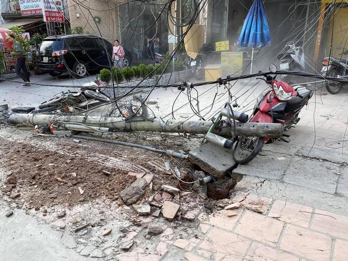 Xe tải chở bia trôi tự do gây tai nạn náo loạn phố Đà Lạt - Ảnh 7.