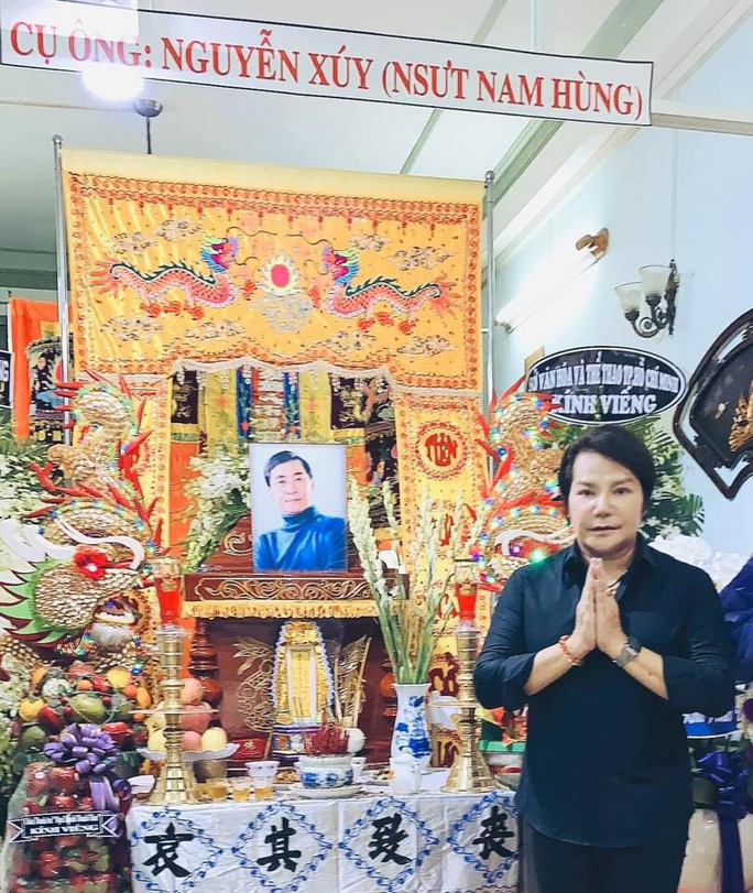 Hàng trăm người tiếc thương tiễn biệt NSƯT Nam Hùng - Ảnh 13.