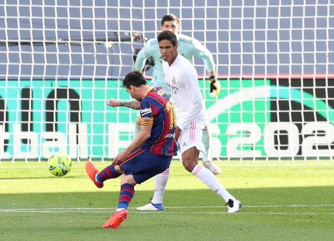 Real Madrid gieo rắc thảm họa siêu kinh điển cho Barcelona - Ảnh 4.