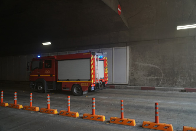 Ô tô bốc cháy, tai nạn liên hoàn và phương án diễn tập cứu nạn ở hầm Sông Sài Gòn - Ảnh 3.