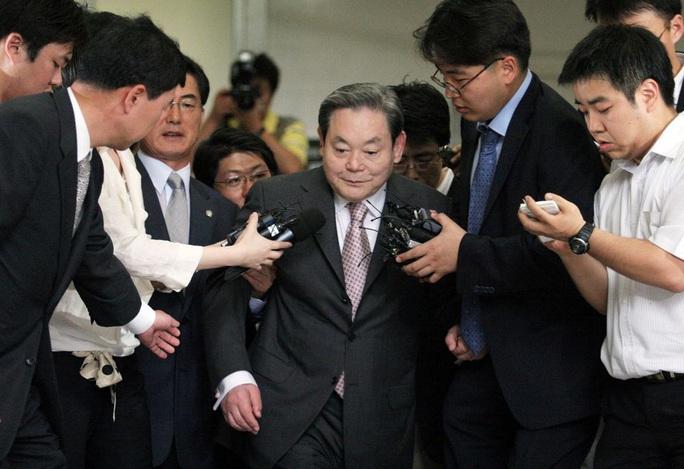 Chủ tịch Samsung Lee Kun-hee qua đời ở tuổi 78 - Ảnh 1.