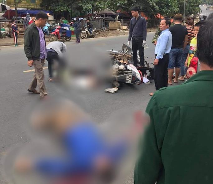 CLIP: Nam thanh niên phóng xe vun vút tông chết người đàn ông đi xe máy - Ảnh 2.