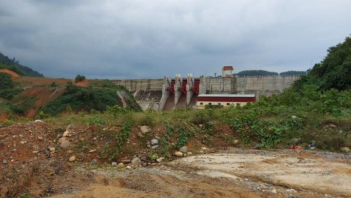 Sạt lở đất khiến 17 công nhân mất tích: Chủ đầu tư Thủy điện Rào Trăng 3 lên tiếng - Ảnh 2.