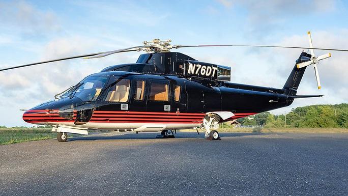 Máy bay trực thăng S-76 nổi tiếng của Tổng thống Trump được rao bán - Ảnh 1.
