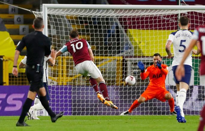 Son Heung-min ghi bàn, Tottenham vượt lên Top 5 Ngoại hạng - Ảnh 4.