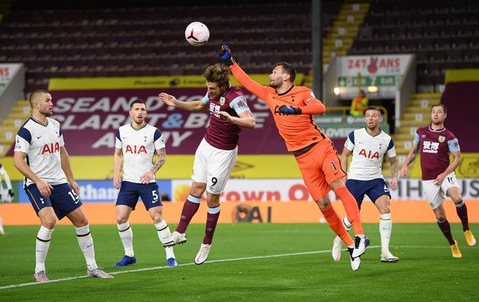 Son Heung-min ghi bàn, Tottenham vượt lên Top 5 Ngoại hạng - Ảnh 2.
