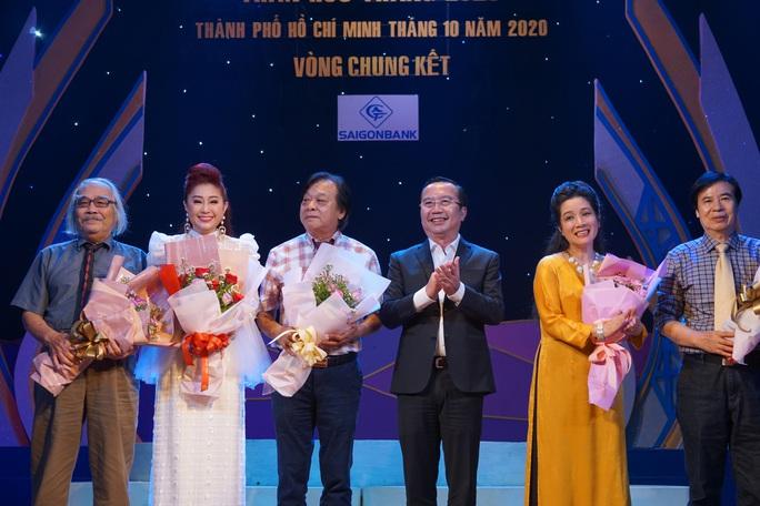 Lê Thanh Thảo, Võ Thành Phê hút hồn khán giả đêm chung kết 1 Trần Hữu Trang - Ảnh 7.