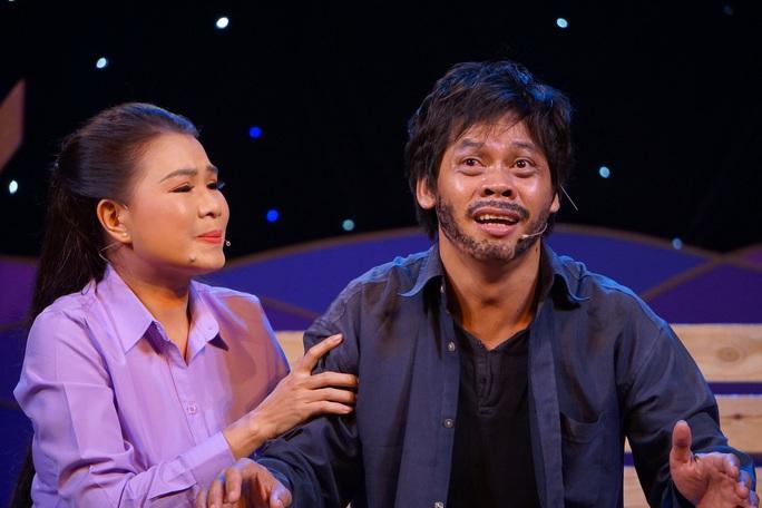 Lê Thanh Thảo, Võ Thành Phê hút hồn khán giả đêm chung kết 1 Trần Hữu Trang - Ảnh 4.