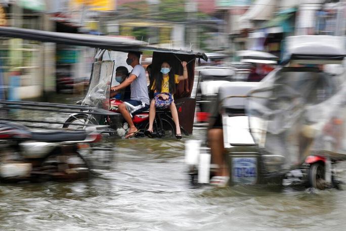 Bão Molave gây thiệt hại diện rộng tại Philippines - Ảnh 7.