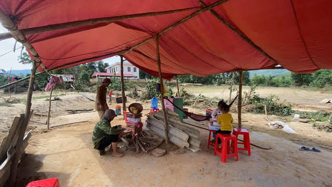 600 ngôi nhà chống bão đã an toàn trong bão lũ miền Trung - Ảnh 1.
