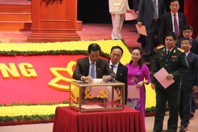 Danh sách 49 người trúng cử Ban chấp hành Đảng bộ tỉnh Quảng Bình - Ảnh 4.