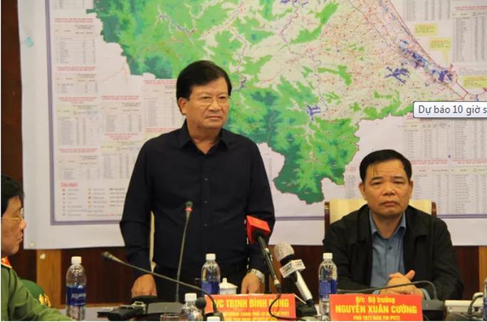 Bão số 9 mạnh cấp 13, giật cấp 16 đang lao 25km/ giờ vào Đà Nẵng - Phú Yên - Ảnh 2.