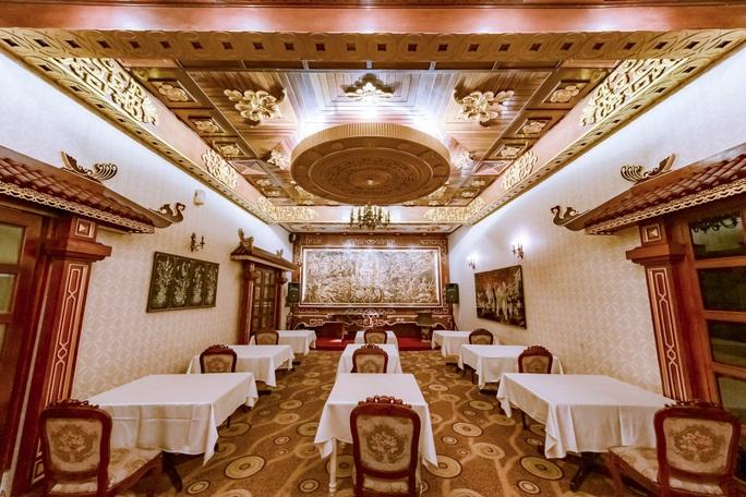 Khám phá thế giới bên trong 3 khách sạn cổ nhất TP HCM - Ảnh 12.