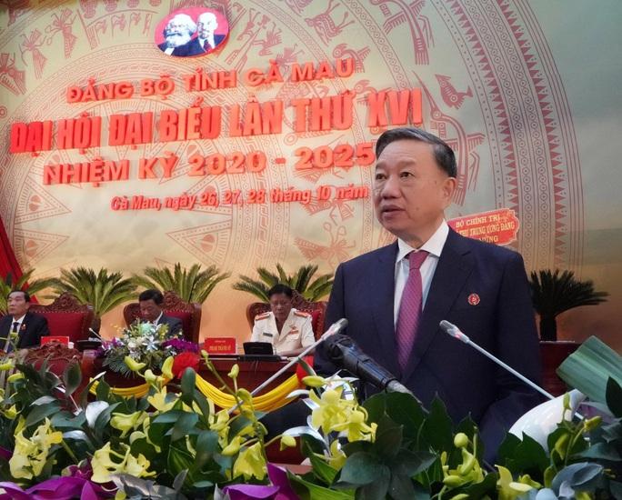 Ông Nguyễn Tiến Hải tái đắc cử Bí thư Tỉnh ủy Cà Mau - Ảnh 1.