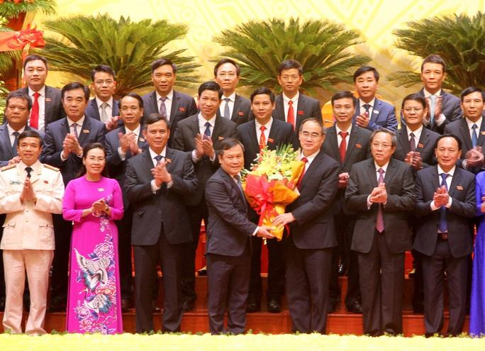 Ông Vũ Đại Thắng tái đắc cử Bí thư Tỉnh ủy Quảng Bình - Ảnh 3.