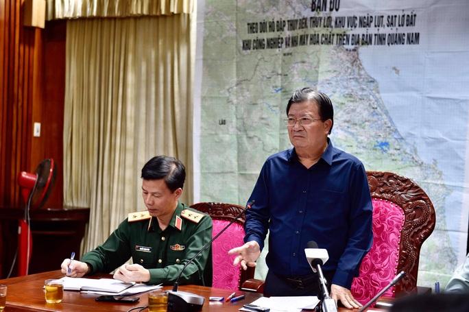 Sạt lở kinh hoàng ở Quảng Nam, ít nhất 7 người tử vong, Thủ tướng yêu cầu cứu nạn khẩn - Ảnh 1.