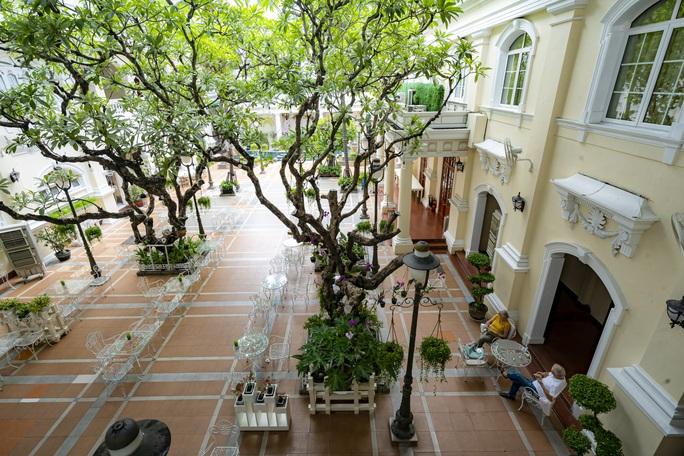 Khám phá thế giới bên trong 3 khách sạn cổ nhất TP HCM - Ảnh 13.