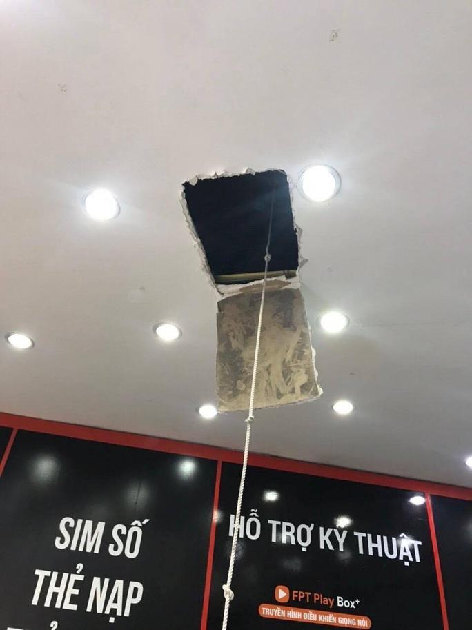 Bắt tên trộm đột nhập cửa hàng FPT Shop trộm 120 triệu đồng - Ảnh 2.