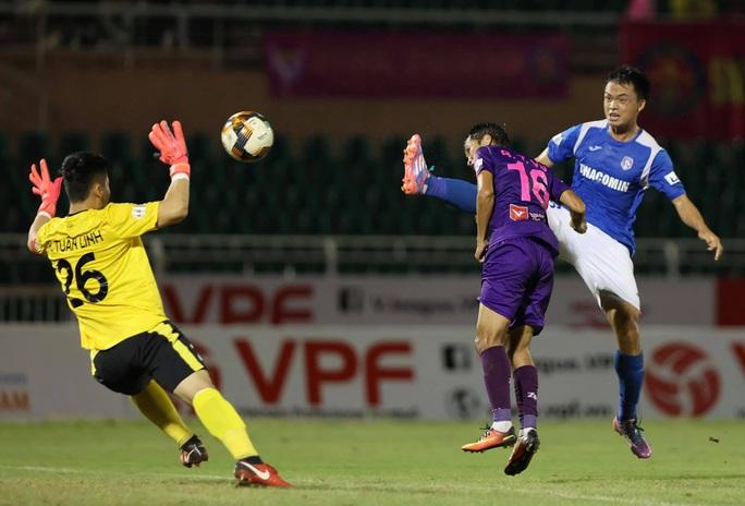 Sài Gòn FC xuất sắc lên ngôi nhì bảng V-League 2020 - Ảnh 1.