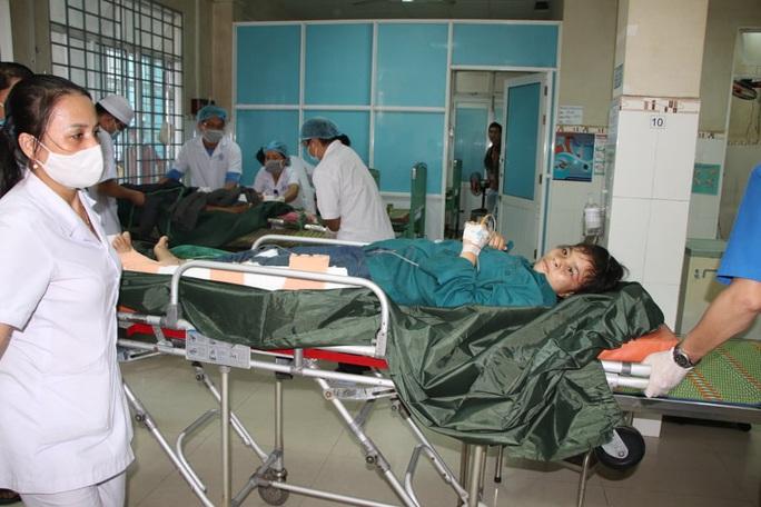 Vụ sạt lở núi vùi lấp ở xã Trà Leng: Cứu sống được 33 người - Ảnh 8.