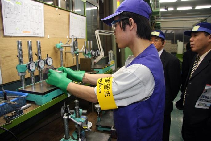 Nhật Bản hỗ trợ toàn diện cho lao động nước ngoài - Ảnh 1.