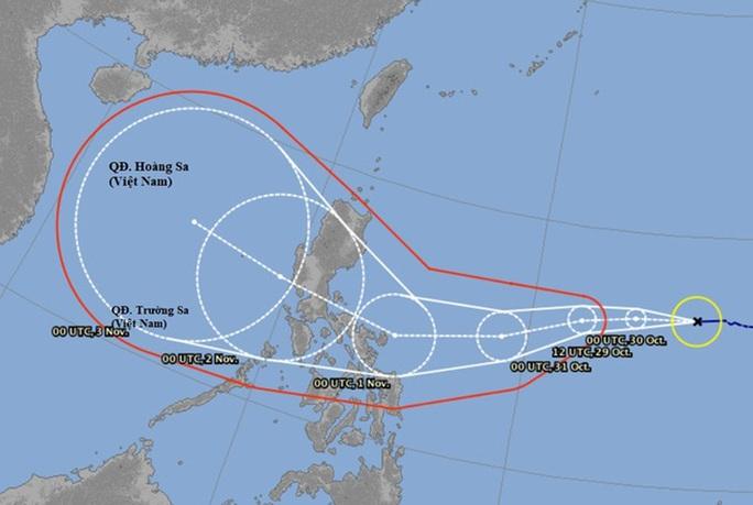 Bão số 9 vừa tan, miền Trung lại chuẩn bị đối mặt với cơn bão số 10 cùng mưa lớn - Ảnh 1.