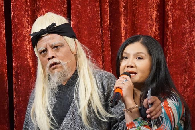 NSƯT Tú Sương xúc động khi xem Kim Nhuận Phát thi trong chung kết 3 Trần Hữu Trang - Ảnh 1.