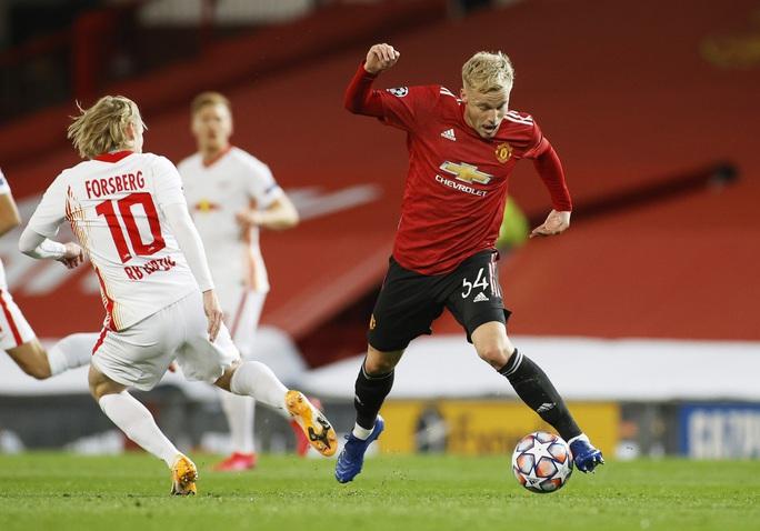 Rashford lập hat-trick vàng, Man United vùi dập bò đỏ RB Leipzig - Ảnh 1.