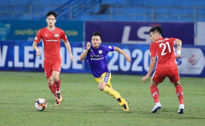 Kịch tính ở trận derby thủ đô giữa CLB Viettel và Hà Nội FC - Ảnh 1.