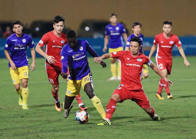 Kịch tính ở trận derby thủ đô giữa CLB Viettel và Hà Nội FC - Ảnh 2.
