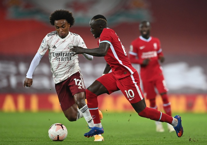Sadio Mane mắc Covid-19, Liverpool lo lắng tột độ - Ảnh 1.