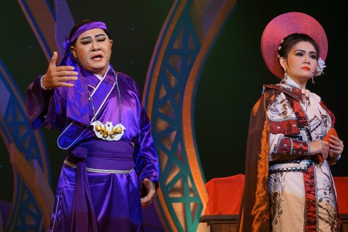 Khánh Tuấn, Thanh Sơn, Linh Trung hút hồn khán giả  - Ảnh 4.