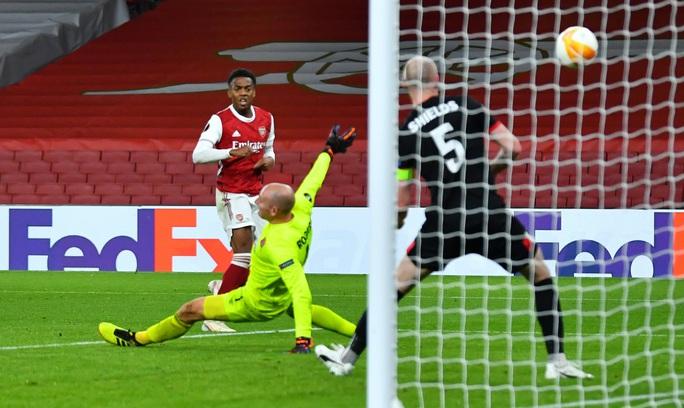 Leicester thắng dễ ở Hy Lạp, Arsenal đại phá láng giềng Dundalk - Ảnh 6.