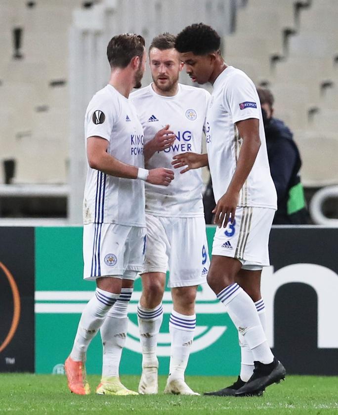 Leicester thắng dễ ở Hy Lạp, Arsenal đại phá láng giềng Dundalk - Ảnh 3.