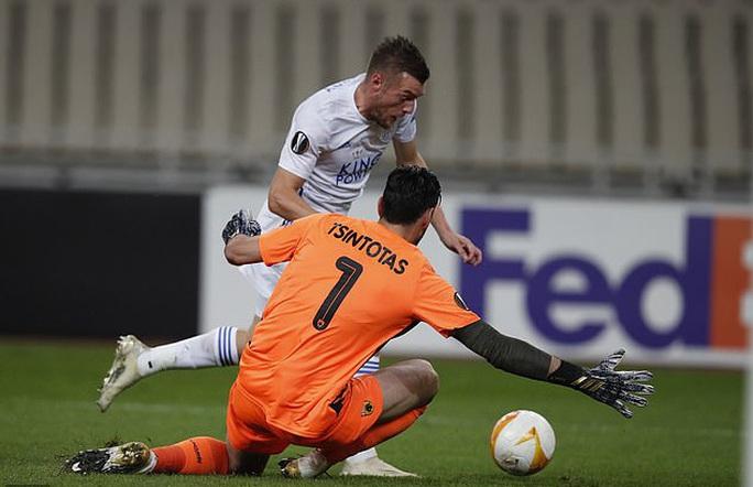 Leicester thắng dễ ở Hy Lạp, Arsenal đại phá láng giềng Dundalk - Ảnh 2.