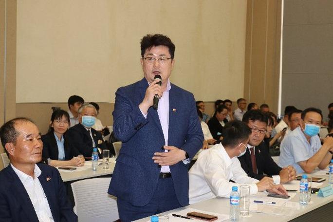 Bình Dương:Lãnh đạo tỉnh gặp mặt, gỡ khó cho doanh nghiệp - Ảnh 2.