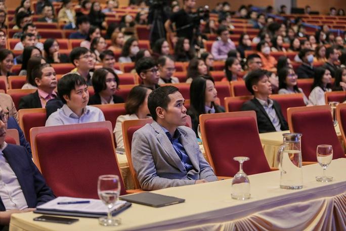 Lần đầu tiên Bộ Ngoại giao tổ chức giới thiệu tuyển dụng với hình thức mở - Ảnh 4.