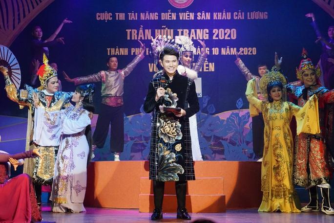 Đông nghệ sĩ ngôi sao chúc mừng diễn viên tranh tài Cuộc thi Trần Hữu Trang - Ảnh 10.