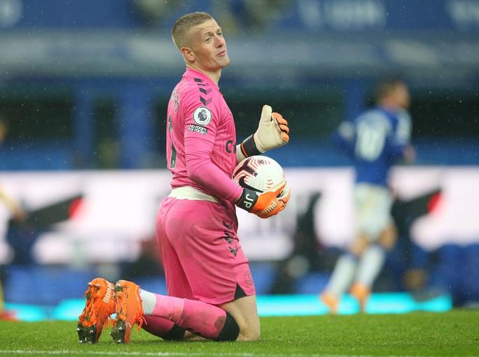 James Rodriguez thể hiện quyền năng, Everton chiếm ngôi đầu Ngoại hạng - Ảnh 4.