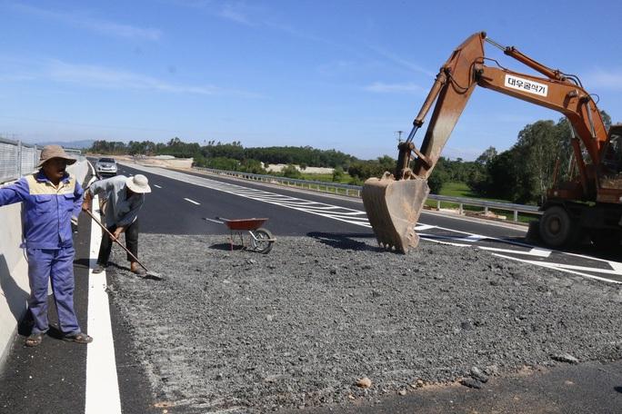 Phó Thủ tướng chỉ đạo không để xảy ra sai phạm như Dự án  cao tốc Đà Nẵng - Quảng Ngãi - Ảnh 1.