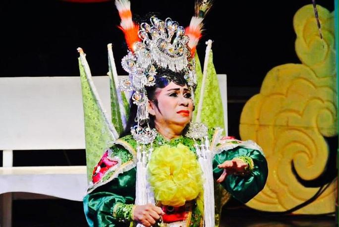 Mai Vàng nhân ái thăm NSƯT Ngọc Khanh và nghệ sĩ Tấn Thi - Ảnh 2.