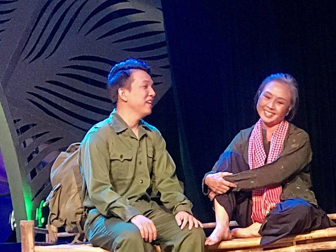 Vì sao 2 vai già đạt điểm cao tại cuộc thi Trần Hữu Trang? - Ảnh 1.