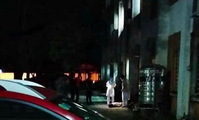 Bệnh nhân rơi từ tầng 4 Bệnh viện Việt Nam - Thụy Điển tử vong - Ảnh 1.
