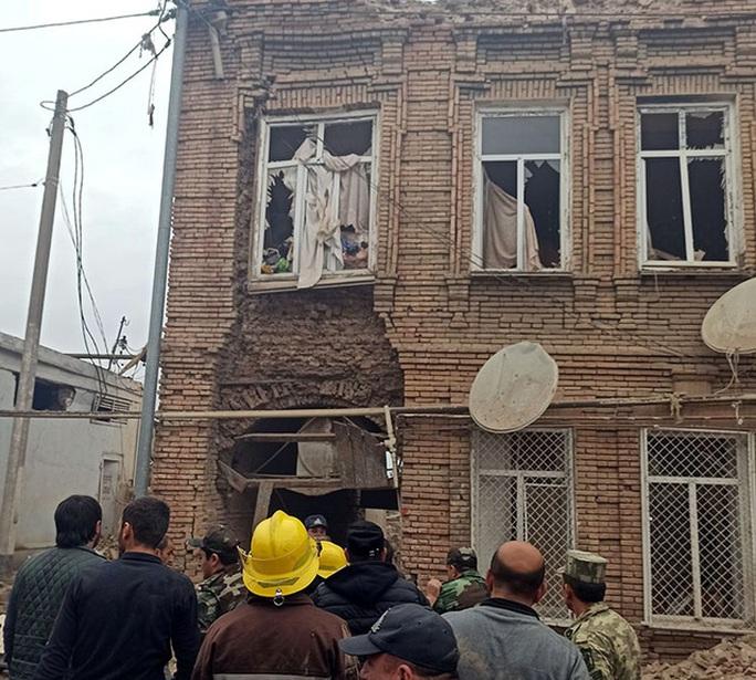 Nóng: Xung đột Nagorno-Karabakh lan ra các thành phố khác - Ảnh 2.