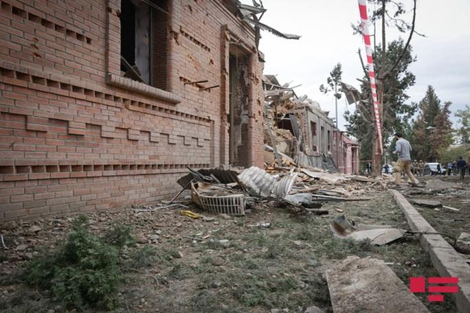 Nóng: Xung đột Nagorno-Karabakh lan ra các thành phố khác - Ảnh 3.