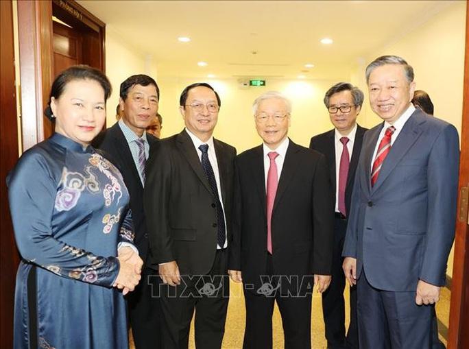 Chùm ảnh Tổng Bí thư, Chủ tịch nước chủ trì khai mạc Hội nghị Trung ương 13 - Ảnh 3.