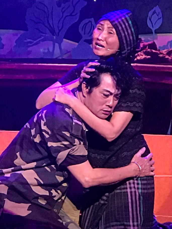 Hai kép độc Khánh Tuấn, Thanh Sơn gây ấn tượng tại cuộc thi Trần Hữu Trang - Ảnh 3.